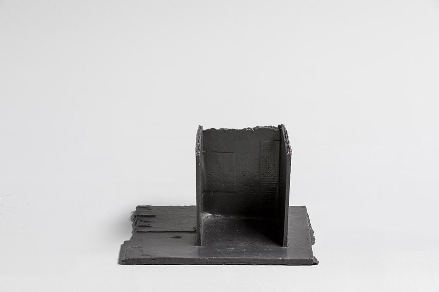 Small bronze models #21, 2018