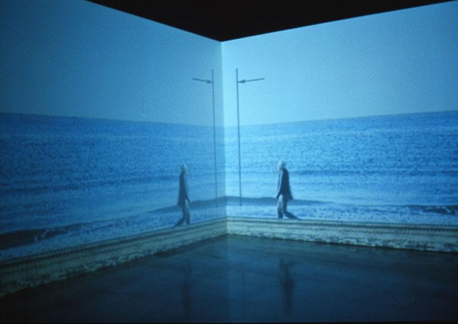 Utopía: ida y vuelta, 2002
